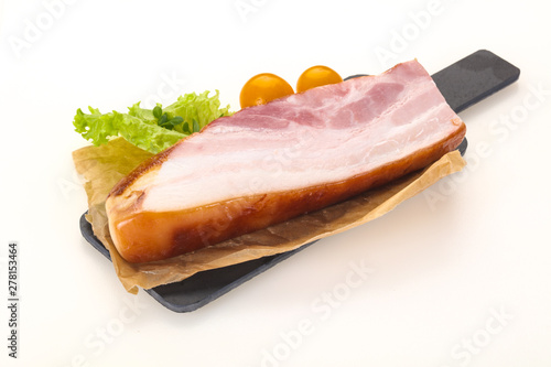Poster Individuel Smoked pork breast with salad leaves