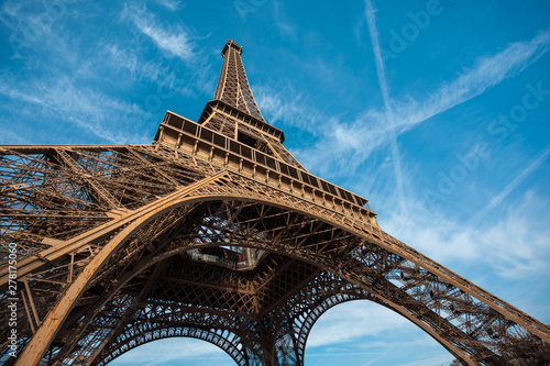 Fototapeta Wide shot of Eiffel Tower with blue sky, Paris, France. obraz na płótnie