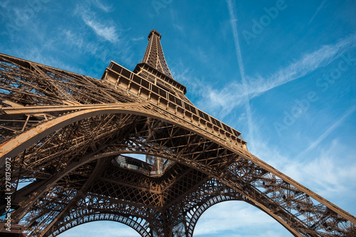 Fototapeta Wide shot of Eiffel Tower with blue sky, Paris, France. obraz na płótnie