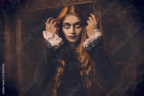 Vászonkép redhead scary witch
