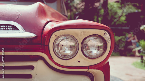 Parking Vintage Red Car Col...