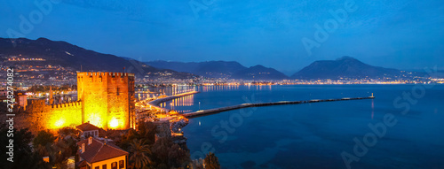 Photo alanya marina at night