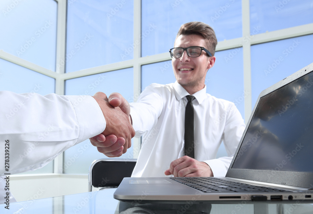 Fototapety, obrazy: Satisfied entrepreneurs shaking hands after negotiations on meeting in office