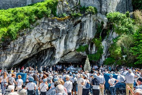 Fotografie, Obraz Heilige Lourdes Grotte in Lourdes Frankreich Europa