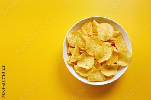Fotografía Close-Up Of Potato Chips or Crisps In Bowl