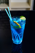 Classic Blue Cocktail Lemon Tea Drink Bubble Water