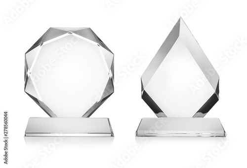 Fotomural Blank glass trophy mockup isolated on white with clipping path