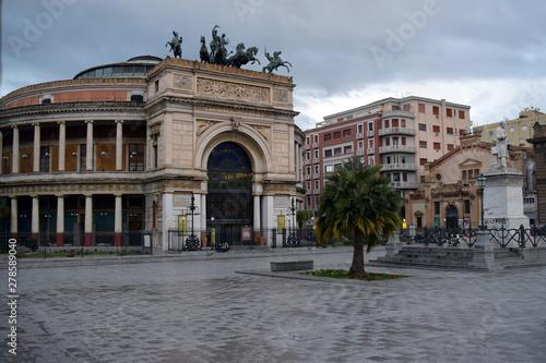 Keuken foto achterwand Palermo Teatro Politeama Garibaldi
