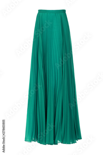 Fotografía Green pleated organza long skirt isolated over white