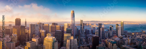Stampa su Tela Aerial View of San Francisco Skyline at Sunset