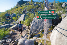 Pulpit Rock Directional Sign