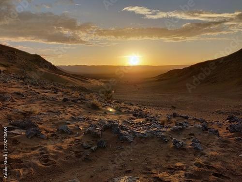 Magnifique coucher de soleil dans le désert de Zagora au Maroc Canvas Print