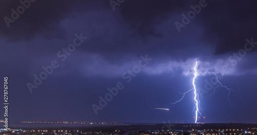 Fotografie, Obraz lightning over Akrotiri (RAF) , Limassol