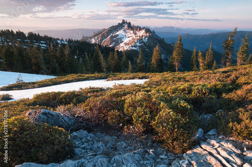 Foto auf Gartenposter Grau Verkehrs Rocky mountains covered with the last snow near Mount Shasta volcano. Castle dome from Castle Crags State Park, Castle Crags Wilderness, California, USA