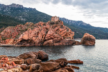 Les Calanques De Piana, Corse, Golfe De Porto, Pantone Living Coral