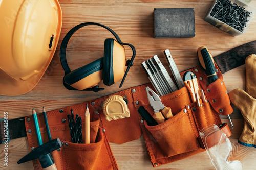 Obraz Professional handyman tool belt - fototapety do salonu