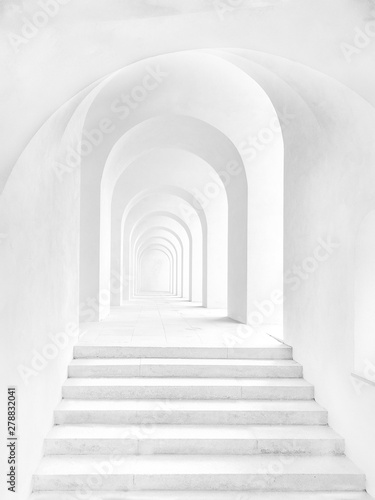 Obraz 3d corridor of pillars and Ladder with walls and bright light - fototapety do salonu