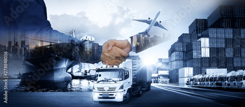 Fotografia Business people shaking hands, success business of Logistics Industrial Containe