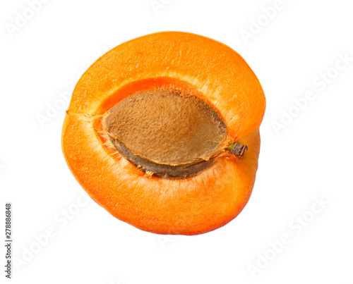 Fotografía apricot fruits with slices isolated on white background. top view
