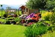 Altanka letnia w ogrodzie