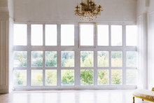 Large Beautiful White Room Wit...