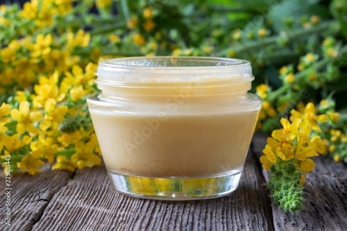 Photo Homemade agrimony and shea butter ointment