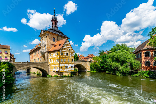 Obraz Bamberg old historic city in Bavaria with old town hall in wonderful sommer weather - fototapety do salonu