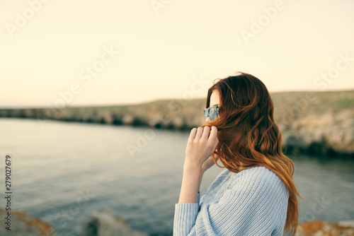Fototapety, obrazy: young woman looking at the sea