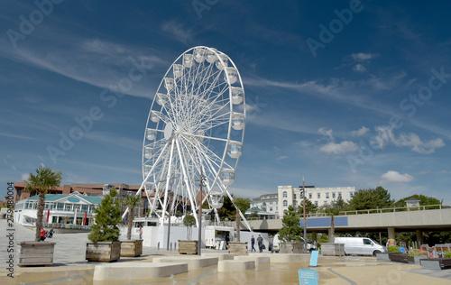 Fotografiet Ferris wheel on Bournemouth promenade, Dorset
