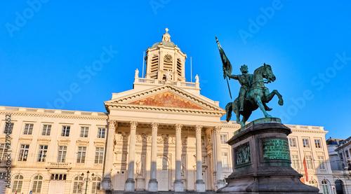 Photo  Place Royale with Godefroid de Bouillon Statue
