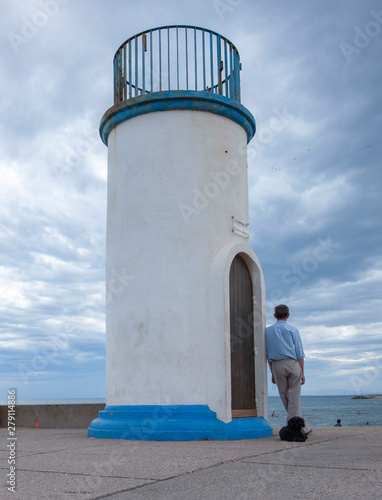 Montage in der Fensternische Hund Cape d'Agde Languedoc France Lighthouse