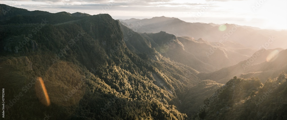 Fototapety, obrazy: Beautiful panoramic shot of mountains and rocky cliffs and natural fog