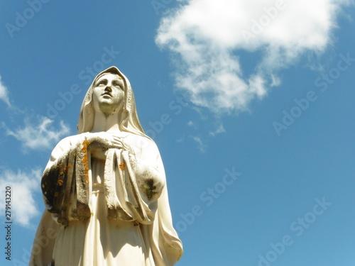 Fotografie, Obraz Statua della Vergine Maria in pietra - Holy Mary