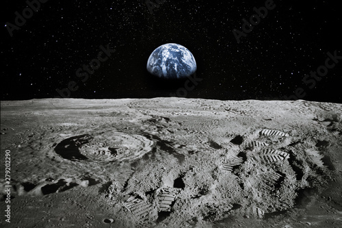 Fotografie, Obraz View of Moon limb with Earth rising on the horizon