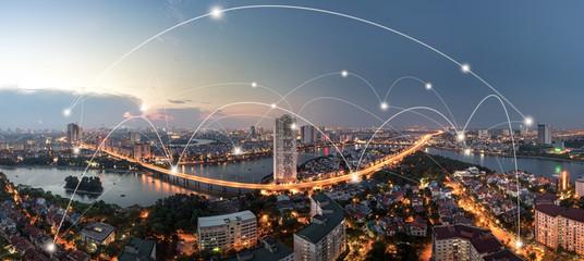 Koncepcja inteligentnego miasta i bezprzewodowej sieci komunikacyjnej. Cyfrowe połączenia sieciowe