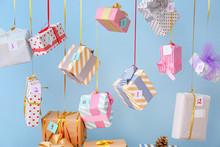 Creative Christmas Calendar Wi...