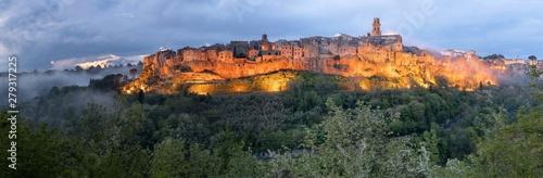 Pitigliano, das kleine Jerusalem Canvas