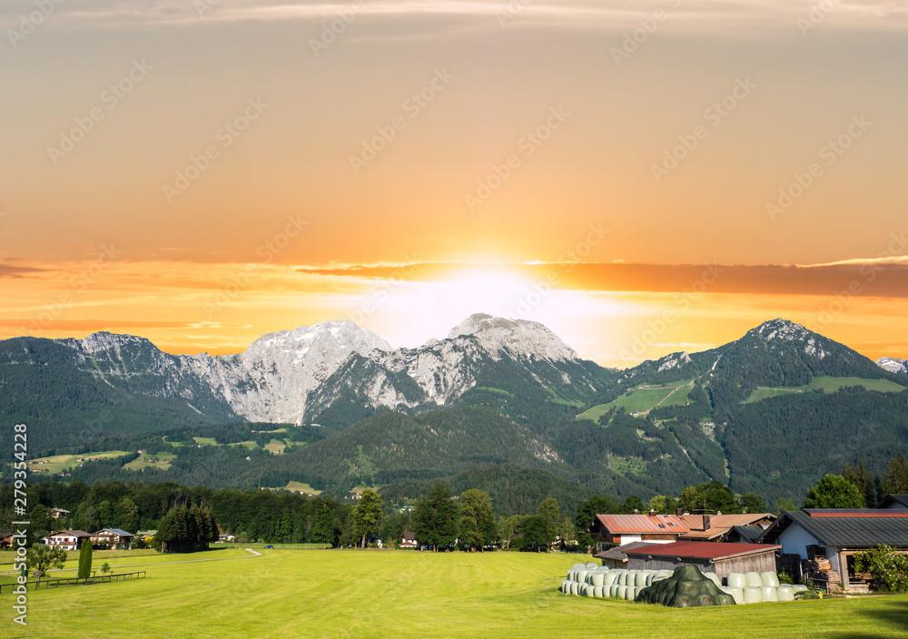 Fototapety, obrazy: Hoher Göll in den Berchtesgadener Alpen bei Sonnenuntergang