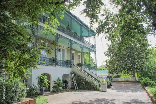 Photo antebellum mansion