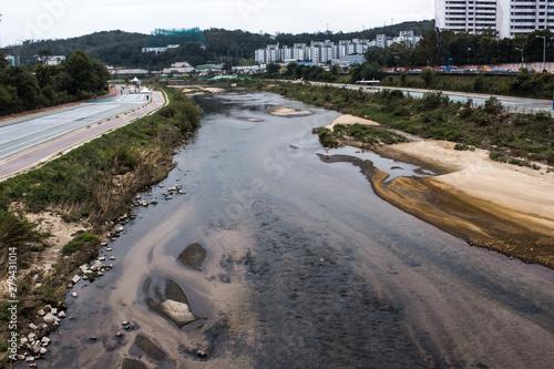 Tributary of the Han river, Nowon-gu, Seoul, South Korea. Canvas-taulu