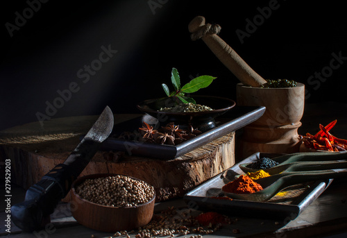 gewürze spices ground and whole