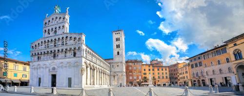 Fotografie, Obraz Roman catholic church San Michele in Lucca.Tuscany, Italy