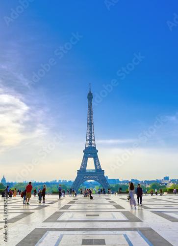 Printed kitchen splashbacks Eiffel Tower Paris, France - April 22, 2019 - A view of the Eiffel Tower from the Jardins du Trocadero in Paris, France.