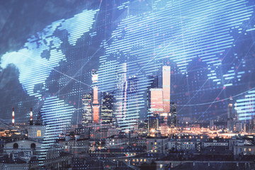 Podwójne naświetlenie mapy świata na tle widoku miasta. Pojęcie handlu międzynarodowego