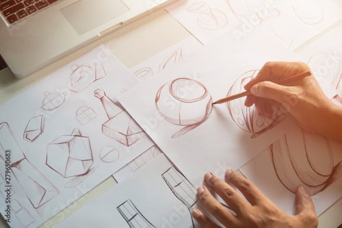 Fotografía  Production designer sketching Drawing Development Design product packaging proto