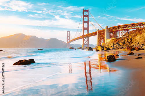 Photo  Golden Gate Bridge at sunset, San Francisco, California, USA