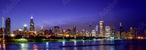 La pose en embrasure New York Chicago skyline
