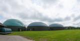 Fototapeta Tęcza - Biogasanlage zur Stromerzeugung und Energiegewinnung
