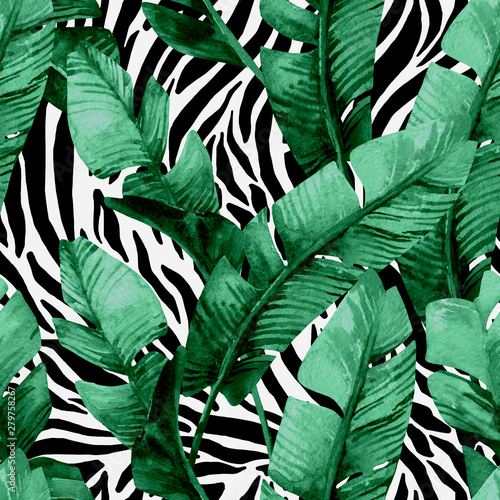 Printed kitchen splashbacks Watercolor Nature Banana leaf on animal print seamless pattern. Unusual tropical leaves, tiger stripes background