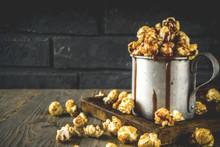 Homemade Sweet Caramel Pop Corn